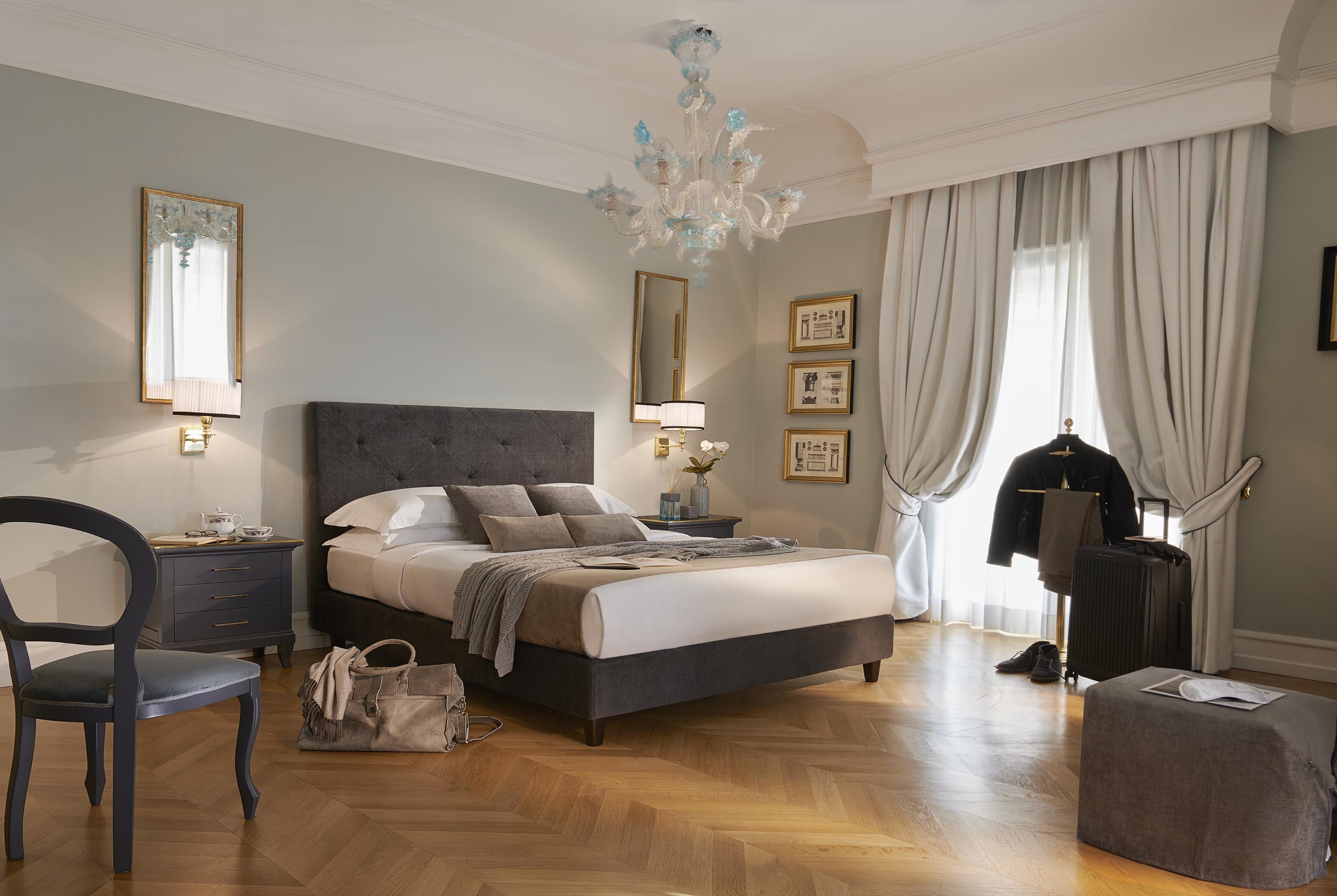Grand Hotel Santa Lucia - Napoli